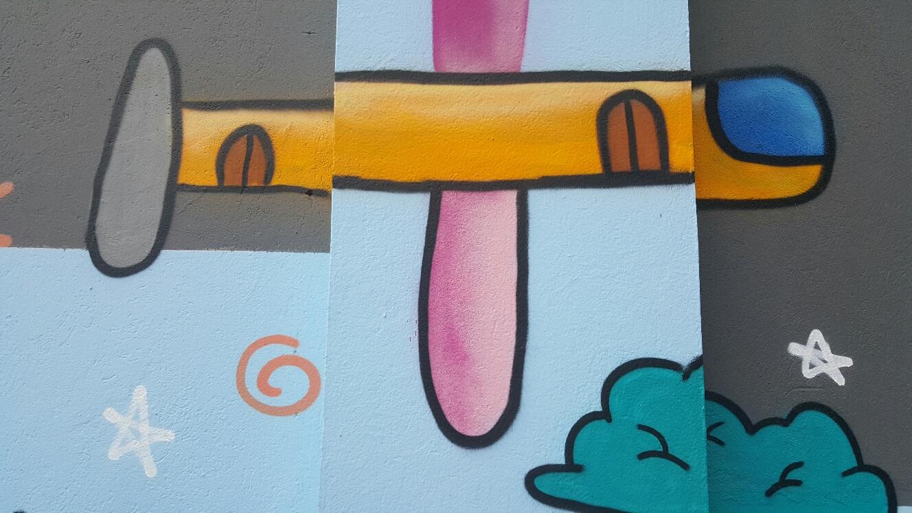 Grafite em muro Vila Mariana, Sampa