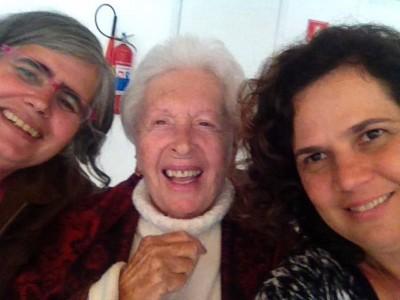 Clara Charf ao lado da blogueira e da Patrícia Negrão