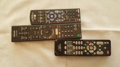 3 controles remotos